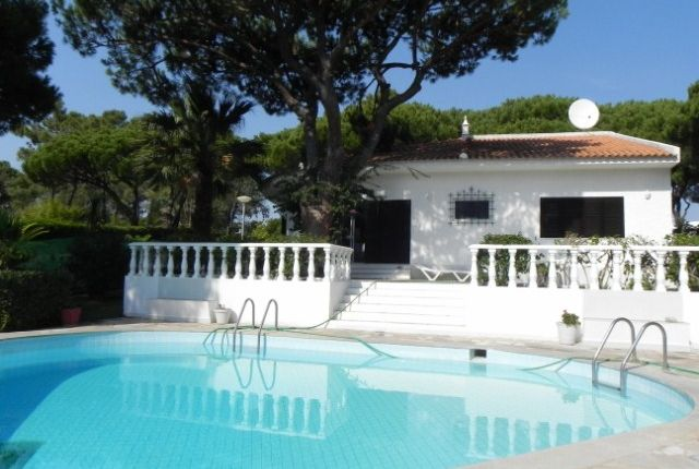 3 bed villa for sale in Portugal, Algarve, Vilamoura