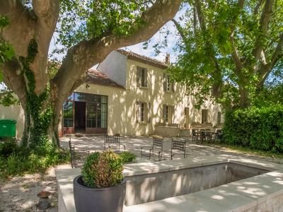 8 bed property for sale in Avignon, Vaucluse, France