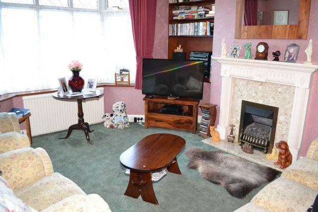 Lounge of Elmhurst Avenue, Spinney Hill, Northampton NN3