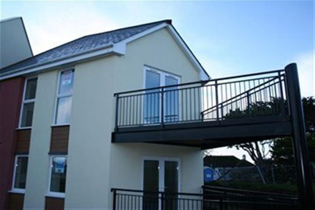 Thumbnail Flat to rent in Pentire Avenue, Newquay