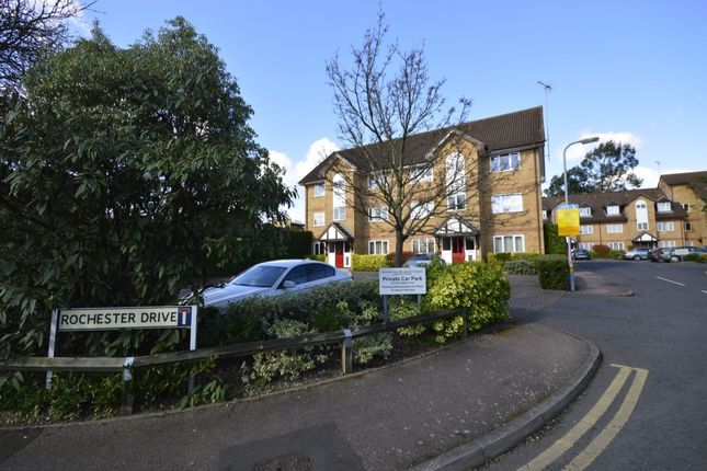 Thumbnail Flat for sale in Rochester Drive, Watford