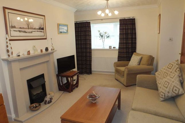 Lounge of Norwood Place, Killamarsh S21