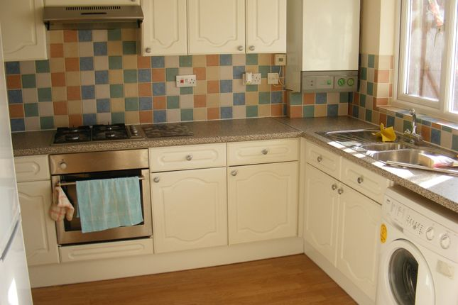 4 bed property to rent in Broadgreen, Southampton