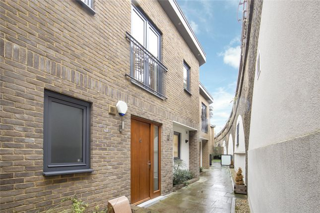 3 bed mews house for sale in Pottery Mews, Parsons Green, Fulham, London SW6