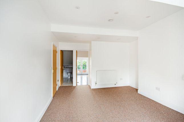 Living Room 2 of Hartingdon House, 185 Hills Road, Cambridge CB2