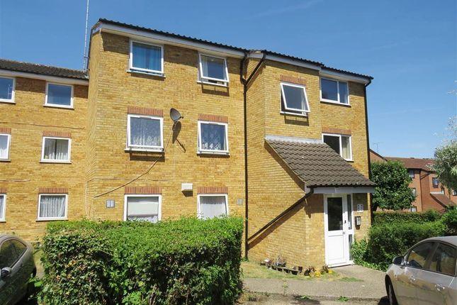 Thumbnail Flat to rent in Valley Green, Hemel Hempstead