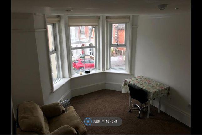 1 Bed Flat To Rent In St Michaels Road Aldershot Gu12 Zoopla