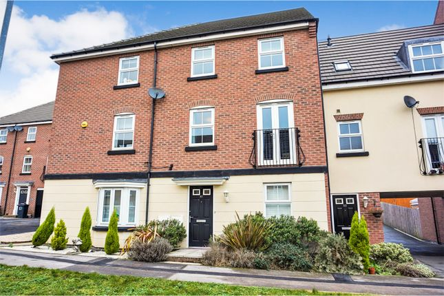 Thumbnail Town house for sale in Blenkinsop Way, Leeds