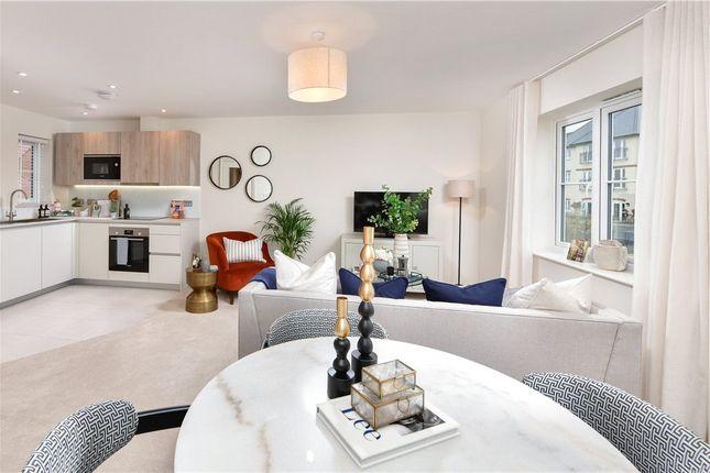 1 bed flat for sale in Woodhurst Park, Warfield, Berkshire RG42
