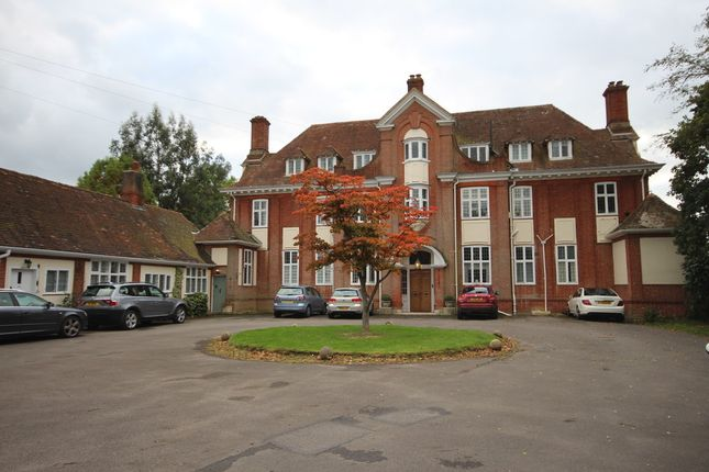 Thumbnail Flat for sale in Swallowfield Road, Arborfield, Reading