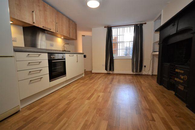Thumbnail Flat to rent in Prestbury Road, Cheltenham, Gloucestershire