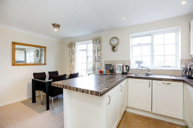 Thumbnail Town house to rent in Selsdon Close, Surbiton