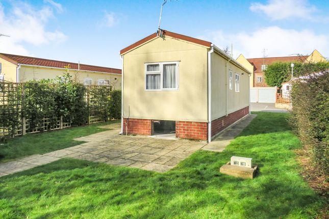 Thumbnail Mobile/park home for sale in Stuston Road, Diss