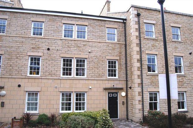 Thumbnail Flat to rent in Fenton Street, Lancaster