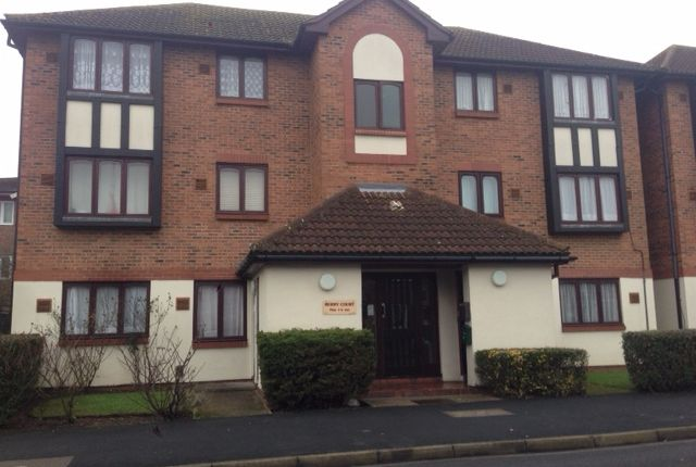 1 bed flat to rent in Raglan Close, Hounslow