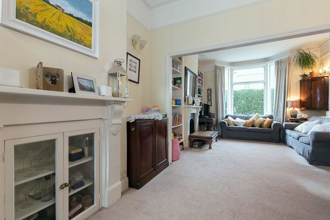 3 bed terraced house to rent in Alderbrook Road, London