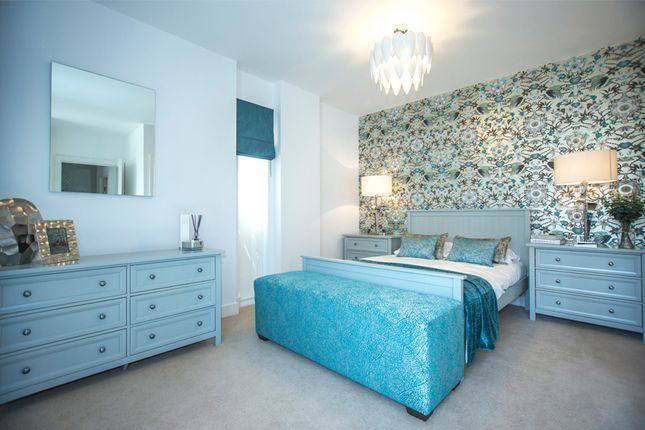 Thumbnail Flat for sale in Belmont Park, London