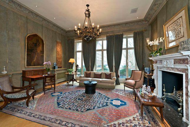 Thumbnail Property to rent in Ennismore Gardens, London