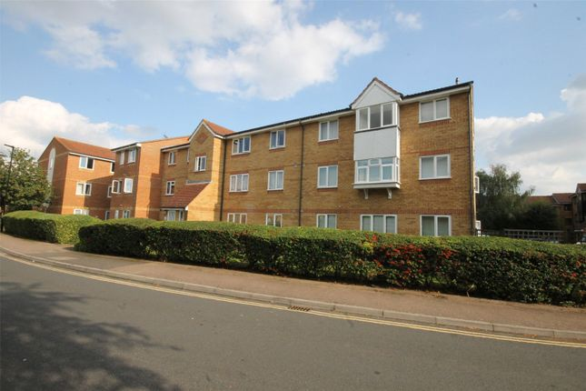 2 bed flat for sale in Redford Close, Feltham TW13