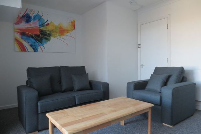 Thumbnail Semi-detached house to rent in Canfield Close, Brighton