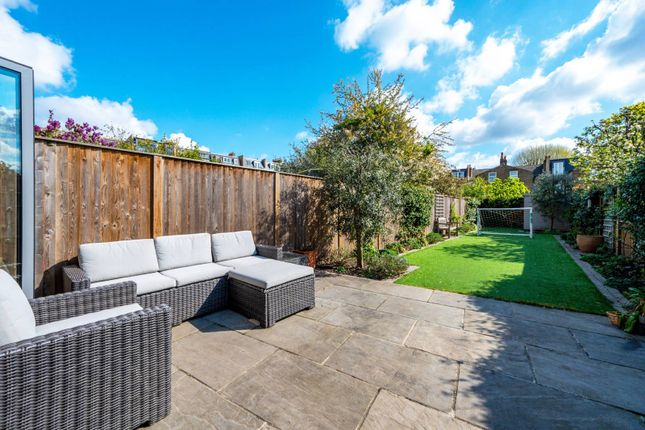 Thumbnail Property for sale in Geraldine Road, Wandsworth, London
