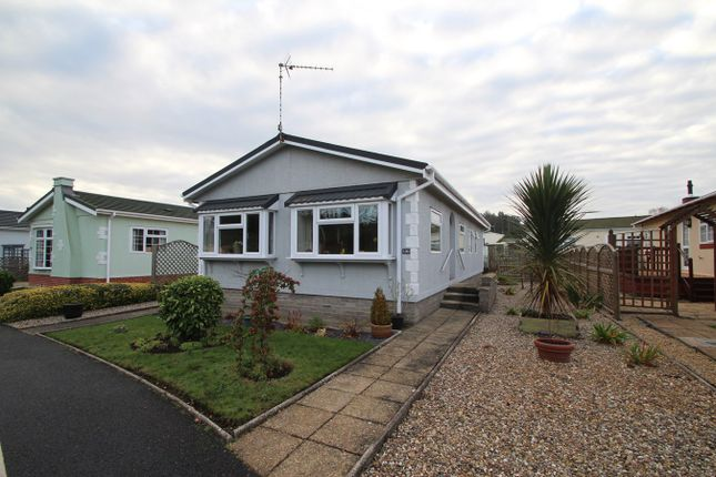 3 bed mobile/park home for sale in Foxhall Road, Rushmere St Andrew, Ipswich IP4