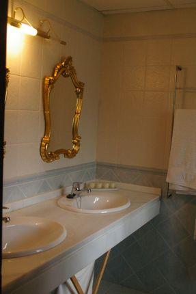 Bathroom 1 of Spain, Málaga, Coín