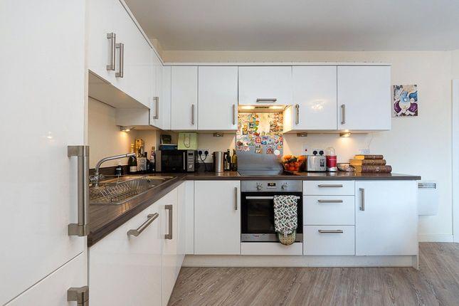 1 bed flat to rent in Schoolgate Drive, Morden SM4