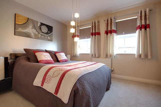 Bedroom Three of Kingswood Close, Whiteley, Fareham PO15