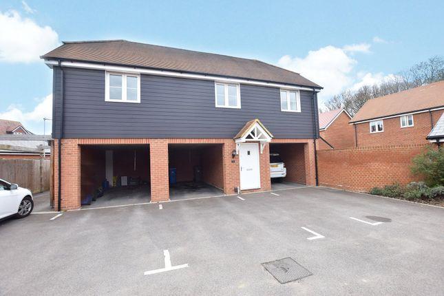 Thumbnail Maisonette to rent in Redstart Croft, Bracknell, Berkshire