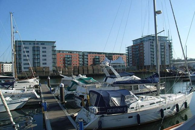 Thumbnail Flat to rent in Capstan House, Orwell Quay, Patteson Road