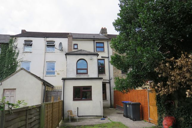 4 bed terraced house for sale in Devizes Road, Salisbury