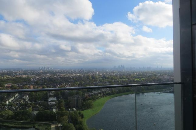 Photo 13 of Skyline Tower, Woodberry Down Estate, Woodberry Park, London N4