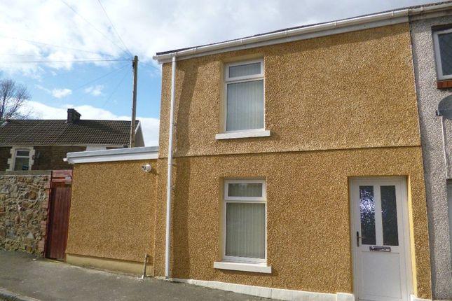 2 bedroom property to rent in Mysydd Road, Landore, Swansea