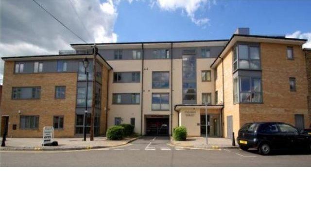 Thumbnail Flat to rent in Redford Way, Uxbridge