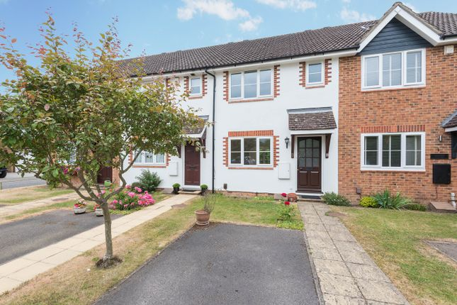 Thumbnail Terraced house to rent in White Hart Close, Chalfont St Giles