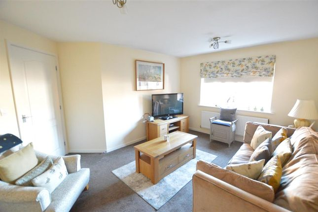 Lounge of Gleneagles Drive, Greylees, Sleaford NG34