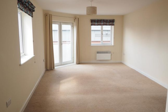 Thumbnail Flat to rent in Old Harbour Court, Old Town, Hull