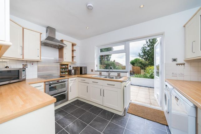 Thumbnail Semi-detached house to rent in Cheyne Hill, Surbiton