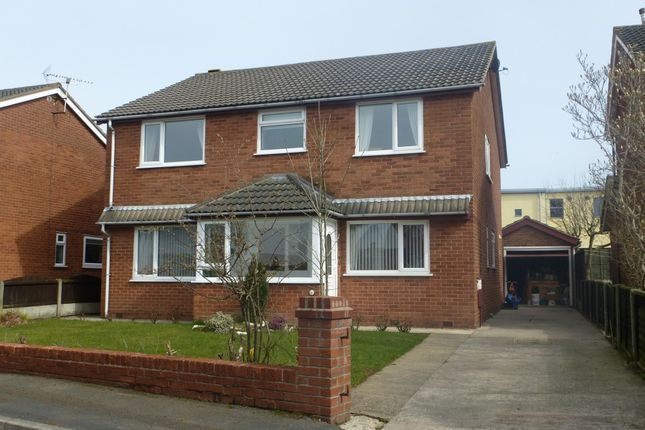 Thumbnail Flat to rent in Rawstrone Close, Freckleton, Preston
