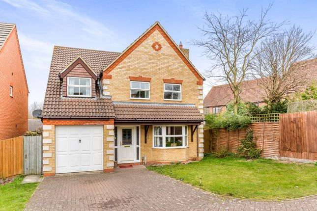 Thumbnail Detached house for sale in Fieldfare Way, Royston