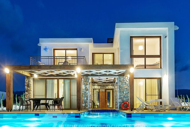 Thumbnail Villa for sale in Horseshoe Bay, Tatlisu, Northern Cyprus