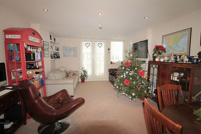 Thumbnail Flat for sale in The Landmark, 70 Sackville Road, Bexhill On Sea, East Sussex