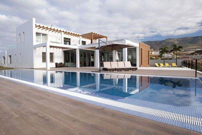 Thumbnail Villa for sale in Av. Adeje 300, 38678 Adeje, Santa Cruz De Tenerife, Spain