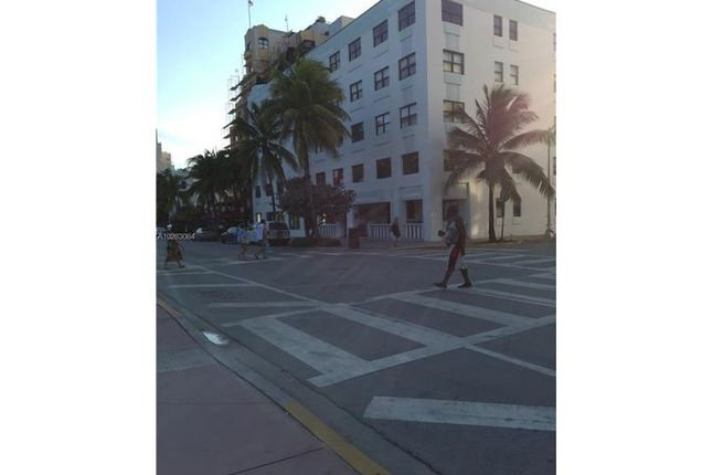 <Alttext/> of 1390 Ocean Dr, Miami Beach, Florida, United States Of America