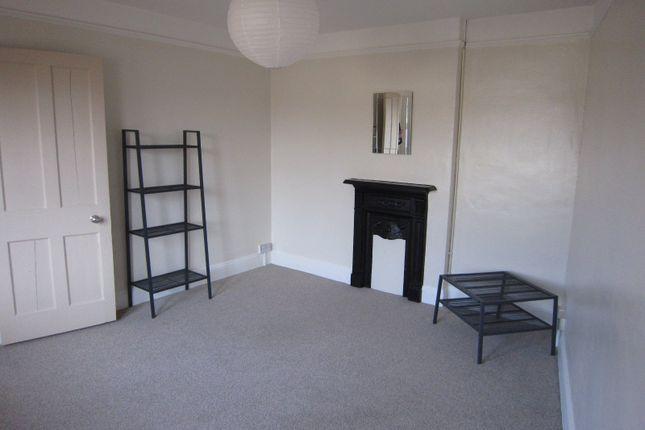 Sitting Room of 2A Albany Road, Salisbury, Wiltshire SP1