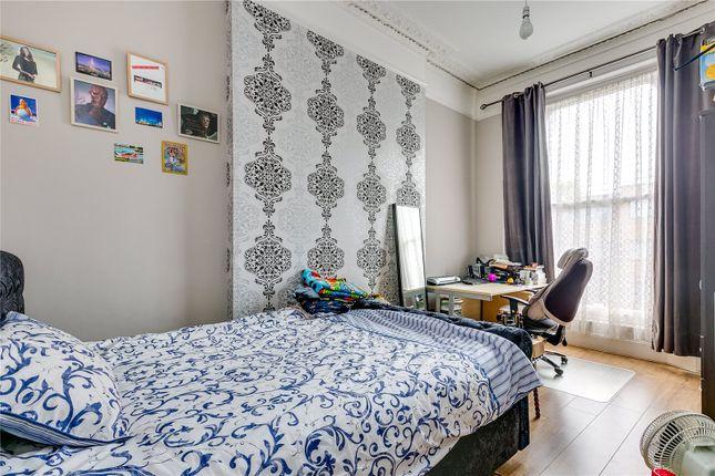 Bedroom of St Lukes Road, London W11