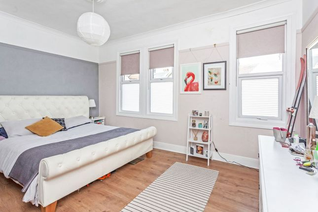 Bedroom of Elmfield Road, London SW17
