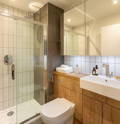 Bathroom of Meranti Apartments, Deptford Landings, Deptford SE8