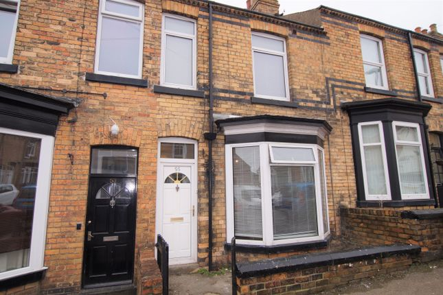 3 bed terraced house to rent in Highfield, Scarborough YO12